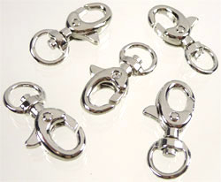 Code: D07983    --- Porte clef metal 30x15x7mm. Nickel---