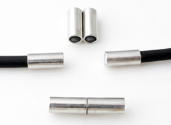 Code: D11026    --- Fermoir magnetique trou:+-3mm.---
